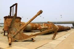 Industrielle Ausrüstung des rostigen Ankers der Oxidation stockbild