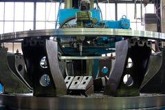 Industrielle blaue Prägenmaschine 2 Stockfotografie
