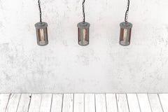 Industrielle hängende Lampen der Dachbodenart Stockbild