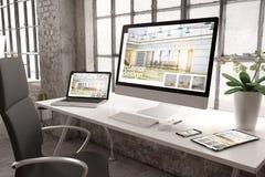 industrielle Innenarchitekturwebsite des Büromodells lizenzfreies stockfoto