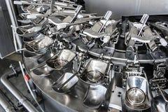 Industrielle Maschinerie für unterbrochene Eier 1 Stockfotografie
