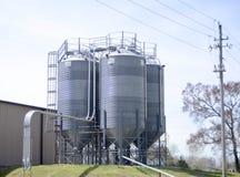 Industrielle Speicher-und Verarbeitungs-Behälter Stockfoto