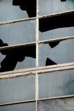 Industrielle zerbrochene Fensterscheiben Lizenzfreie Stockfotos