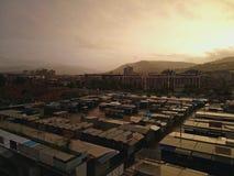 Industrieller Lager inj Sonnenuntergang Stockfotografie