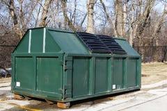 Industrieller Müllcontainer Stockfotografie