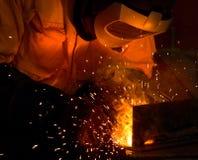 Industrieller Schweißensstahl und -funken Stockfotografie