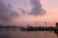 Industrieller Sonnenaufgang Stockfoto