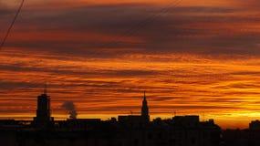 Industrieller Sonnenaufgang Stockbilder