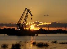Industrieller Sonnenuntergang Stockfoto