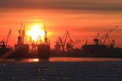 Industrieller Sonnenuntergang des Winters Lizenzfreies Stockbild