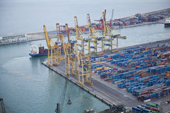 Industrielles Hafengebiet Stockbilder