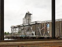 Industrielles Kornladungverschiffen-Dockterminal Stockbild