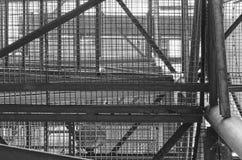 Industrielles Treppenhaus Nahaufnahme Addieren Sie grauen Tönungseffekt Stockbilder