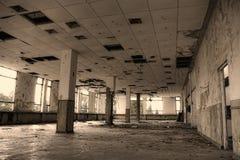 industriellt övergivet byggande arkivbilder