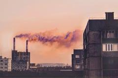 Industriellt landskap av staden av Norilsk Arkivbild