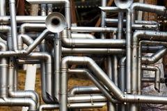 industriellt rørrostfritt stålarbete royaltyfri foto