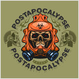 Industriellt stolpe-apokalyps vapensköld med skallen, grunge tappningdesignt-skjortor Royaltyfri Bild