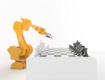 Industrieroboter, der Schach spielt Lizenzfreies Stockbild
