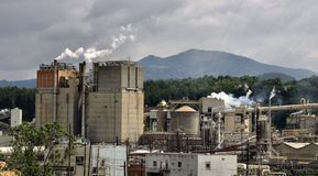 Industry in the Mountains. A papermill located in the mountains of rural North Carolina Royalty Free Stock Photos
