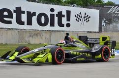 IndyCar die op Belle Isle in Detroit rennen stock foto