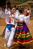 Infödd gemenskap som firar Inti Raymi, Inca royaltyfri fotografi