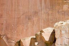 infödingpetroglyph för 2 american Royaltyfri Bild