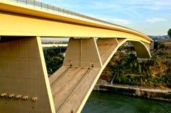 Infanta most nad Douro rzeką w Oporto zdjęcia stock