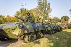 Infanterie-Kampffahrzeuge der serbischen bewaffneten Kräfte Lizenzfreies Stockbild