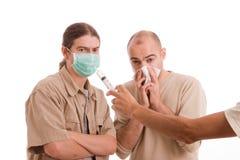 infekterad man h1n1 Arkivfoton