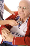 Infermiera che controlla lo stats del paziente Fotografia Stock Libera da Diritti