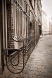 Inferriate vecchie della città immagini stock libere da diritti