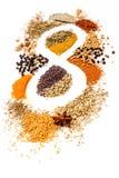 Infinidade de ervas da mistura da especiaria da nutrição, alecrins, cardamon, pimenta Imagens de Stock