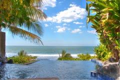 Infintipool in Playa Gr Tunco, El Salvador Stock Afbeelding