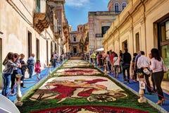 Infiorata kwiatu festiwal w Noto Zdjęcie Royalty Free