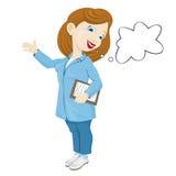 Infirmière de sourire dans un manteau de laboratoire Images stock