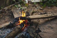 Inflame um fogo Foto de Stock