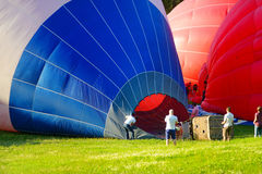 Inflation of balloons and balloon basket Royalty Free Stock Images