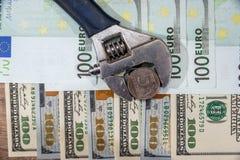 inflationrubel E euro och dollar vs rubel Arkivfoton