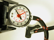 Inflator/manómetro da bomba de bicicleta Fotografia de Stock Royalty Free