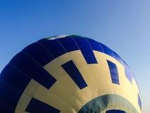 Inflazione del primo piano della mongolfiera Fotografie Stock Libere da Diritti