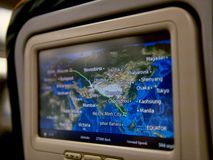 Inflight informatie over het monitorscherm op vlucht van Moskou aan Ho Chi Minh City royalty-vrije stock afbeeldingen