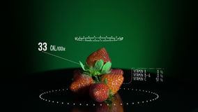 Infographic клубник с витаминами, минералами microelements Энергия, калория и компонент бесплатная иллюстрация