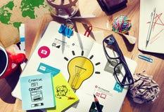 Έννοια καινοτομίας Infographic επιχειρήσεων δημιουργικότητας έμπνευσης ιδεών Στοκ Φωτογραφίες