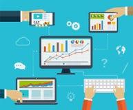 Infographics di affari usando moderno dei dispositivi digitali Fotografia Stock Libera da Diritti