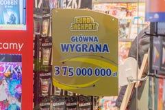 Informação aproximadamente 375 milhão zlotych em torno de 90 milhão euro premiado na tração seguinte na loteria de EuroJackpot Fotografia de Stock