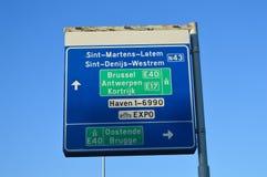 Información del camino sobre la carretera E40 en Gante, Bélgica el 5 de noviembre de 2017 imagen de archivo