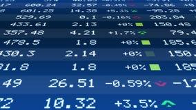 Información financiera en las figuras en el teletipo del mercado de acción, crecimiento del precio del mercado inmobiliario Imágenes de archivo libres de regalías