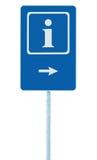 Informacja podpisuje wewnątrz błękit, biel prawa ręka wskazuje strzała, odosobnionego pobocza ewidencyjny signage na słup poczta  Fotografia Royalty Free