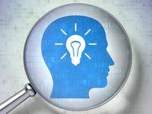 Informationsbegrepp: Head ljus kula med optiskt exponeringsglas på digitalt Arkivbild