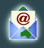 Informationsbladbegrepp med en email Arkivbilder